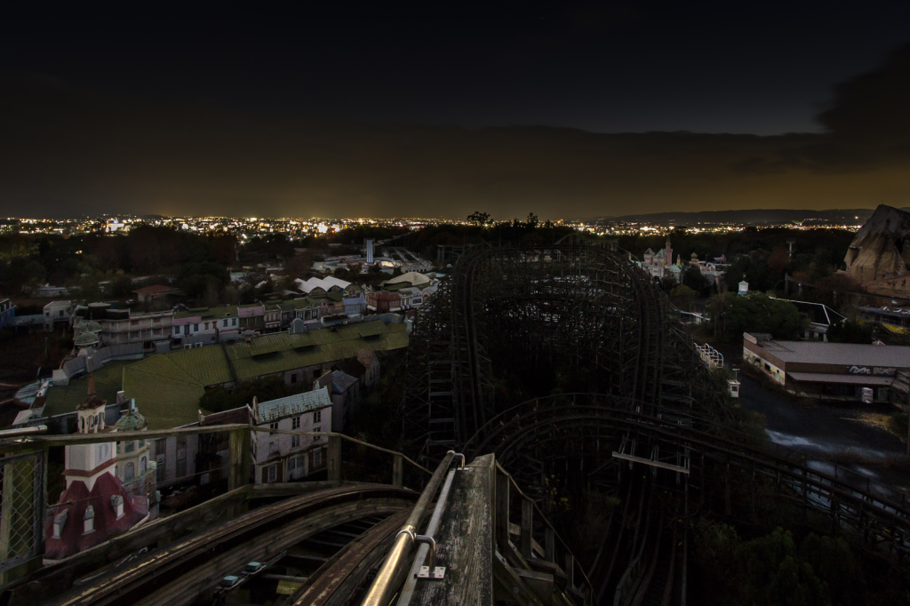 An image taken from the top of Aska at night, taken while exploring Nara Dreamland in Japan.