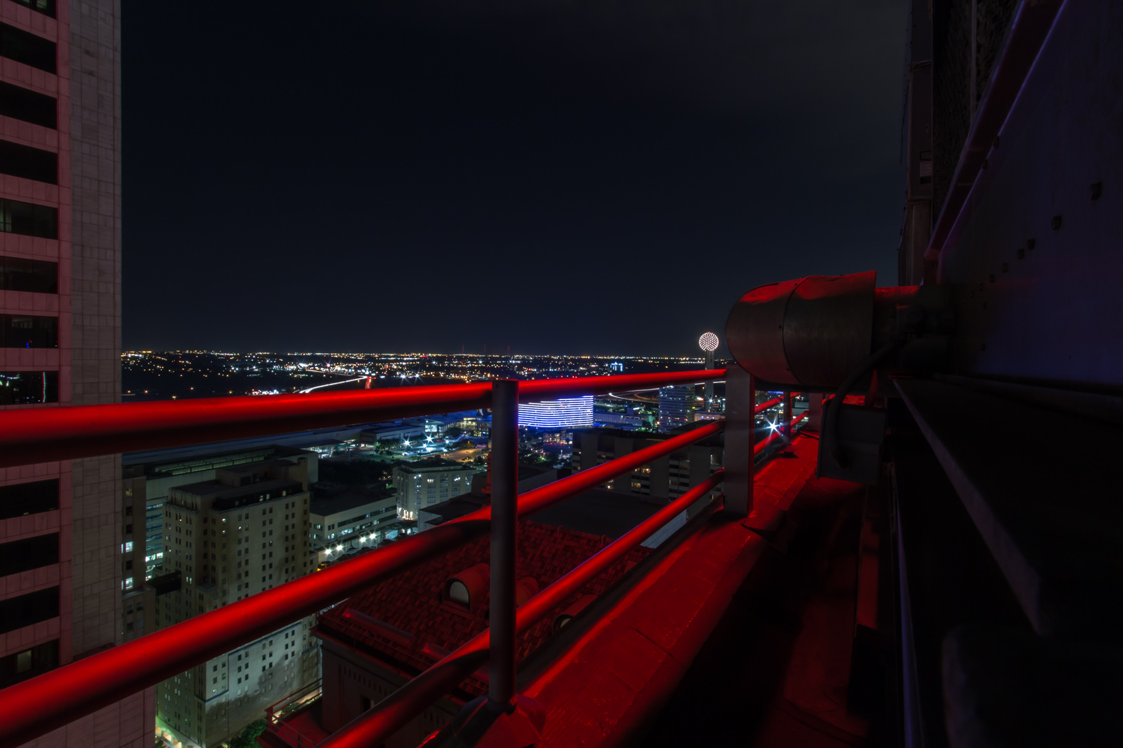 Dallas Rooftopping Pegasus U S A Finding Midnight