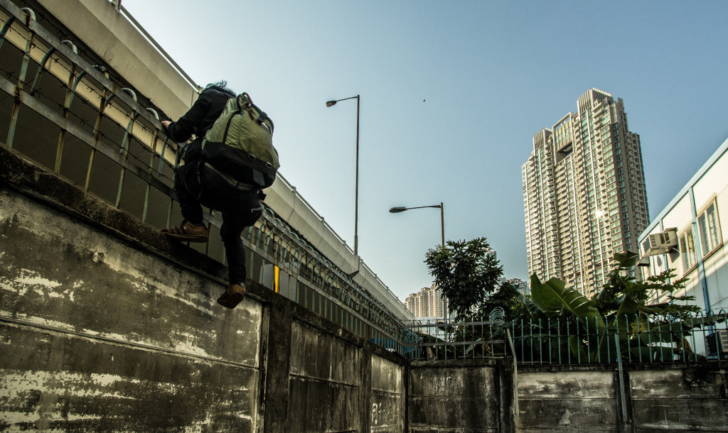 Hong Kong urbex; getting inside