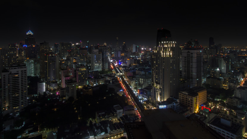 Rooftopping in Bangkok: A Warm Night – Thailand